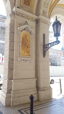 épület és lámpa Bécsben