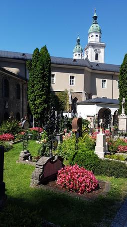 Virágos köztemető, Salzburg