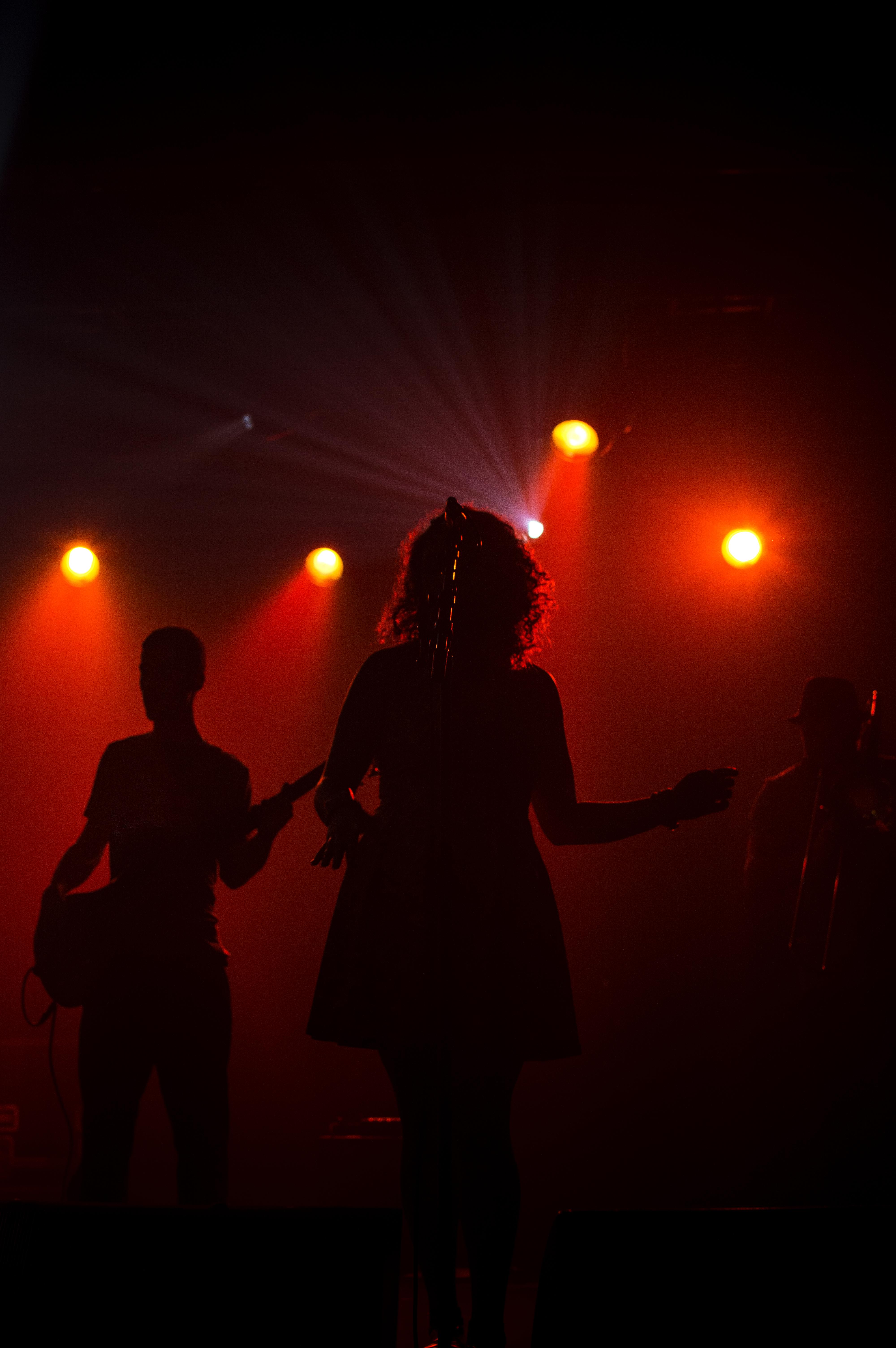 Emilie Dube - Mystery Chord