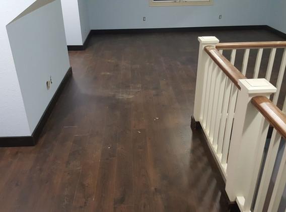 Laminate Flooring finished.jpg