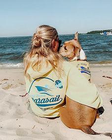 dewey-beach-parasail-hoodie-dog.jpg