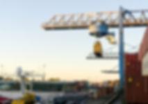 crane-3783871_1920.jpg