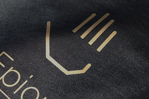close up of logo on heat pad.jpg