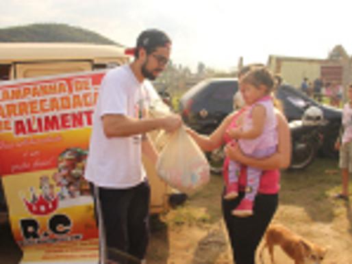 Duas toneladas de alimentos distribuídas pelo RC Livramento para comunidade carente