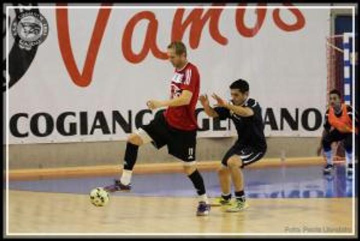 Pivô atuando no Futsal Italiano