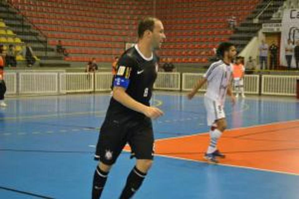 Atuando pelo Corinthians Futsal em 2013