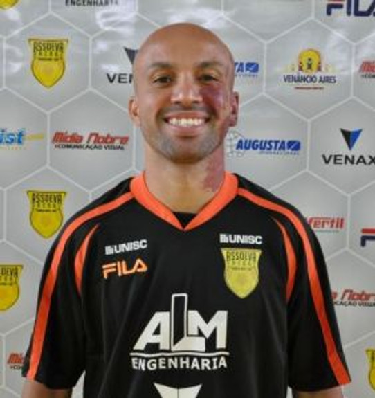 Pivô Rodrigo Mancha