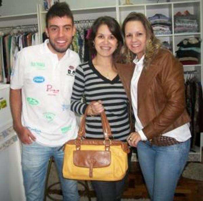 Cabato e Tatiana com a Vencedora Giovanna