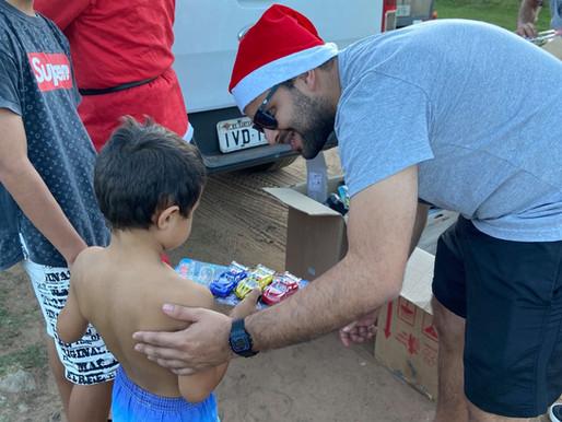 RC Livramento leva alegria para centenas de crianças no Natal