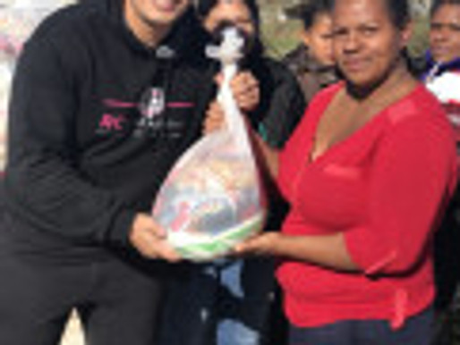 Campanha de Alimentos 2019 é um grande sucesso e RC Livramento entrega 280 kits para comunidade