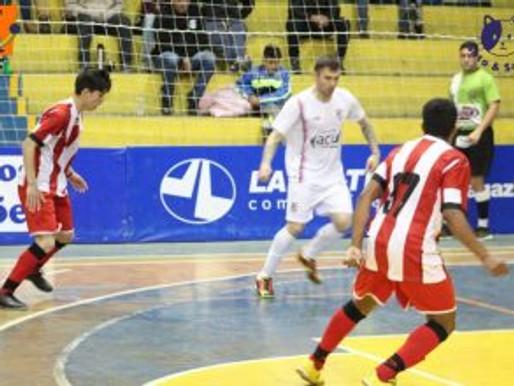 Em um grande jogo de futsal, RC Livramento vence a equipe do Estudiantes