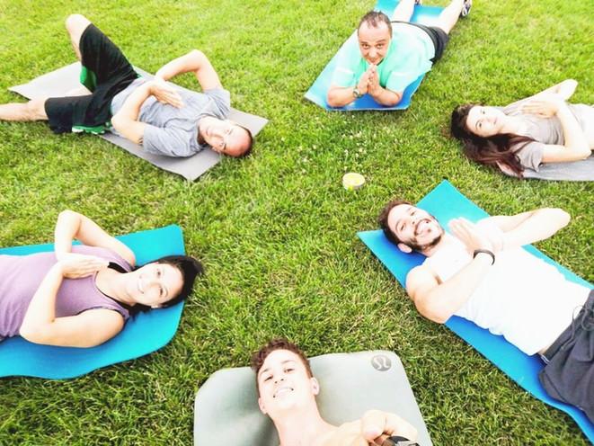 Yoga di gruppo