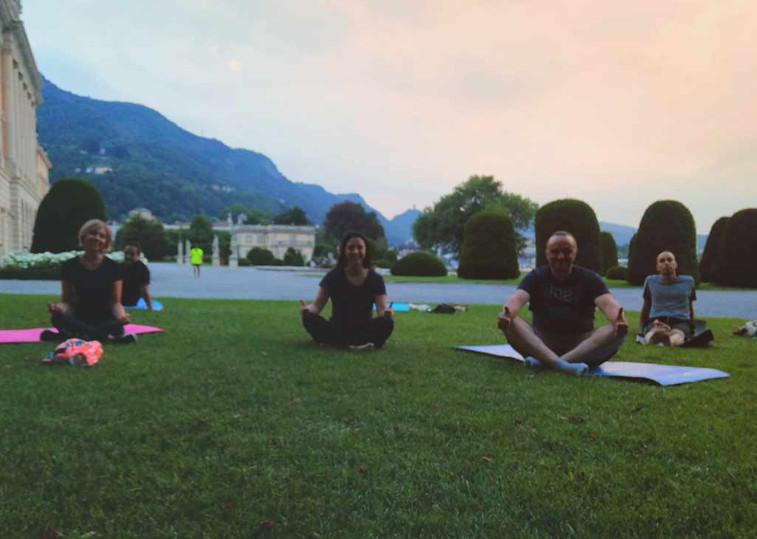 Yoga-al-tramonto.jpg