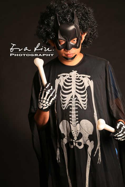 Skeleton costume of big brother