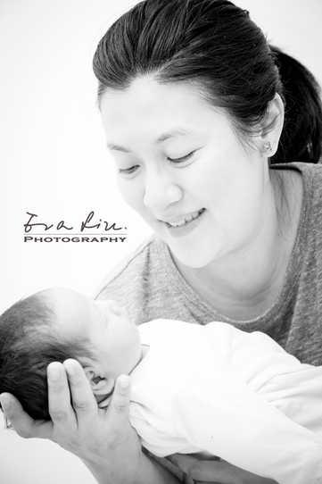 mommy holding baby Phoebe