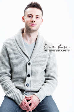 singer in knitwear