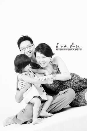 Pregnancy Photography by Eva Liu