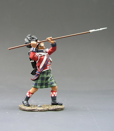 NA051 - Sergeant Attacking with Pike