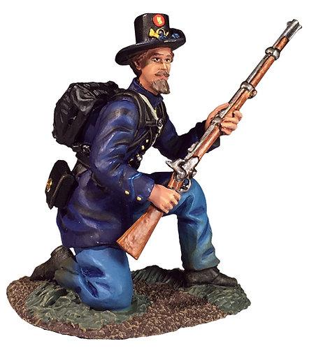 31292 - Federal Iron Brigade Kneeling Defending No.2