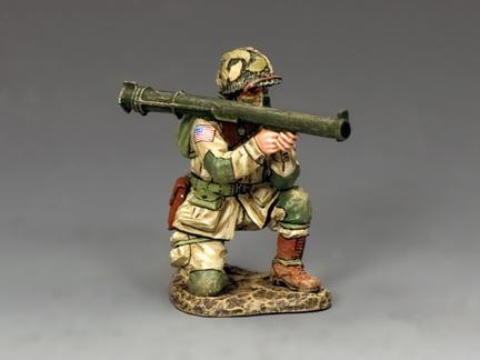 DD251 - Kneeling Bazooka Guy