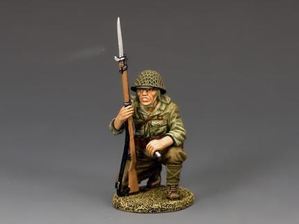 JN033 - Kneeling Rifleman with Grenade