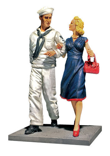 """13031 - """"Shore Leave"""" U.S.N. Sailor on Liberty With Date, 1942-45"""