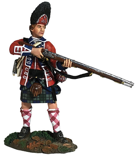 16057 - 42nd Royal Highland Regiment Grenadier Standing Alert 1760-63