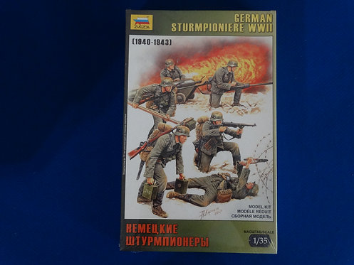 COJG-227 - German Sturmpioniere - WWII - Zveda 1/35 - Plastic Kit - 6 Figures
