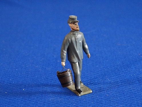 MN059 - Confederate Carrying Supplies - Minot - 54mm Metal - No Box