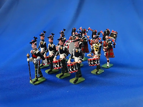 COMS-73 - Royal Scots 1937, Pipes and Drums - 12 Figures