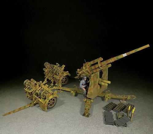 25100 - German 88mm Flak 36, Dual Purpose Gun With 1 Gunner