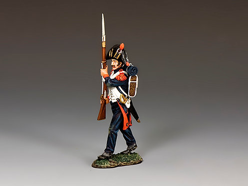 NA391 - French Bicorne Guard Advancing (Shoulder Arms)