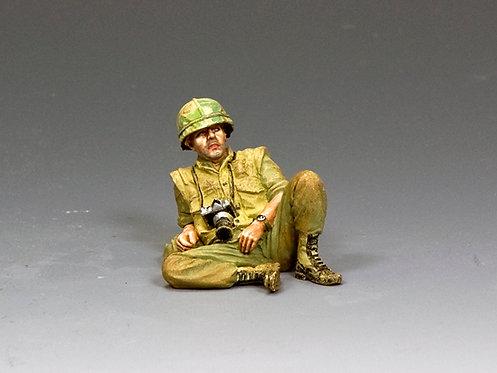 VN048 - Don McCullin, Combat Photojournalist