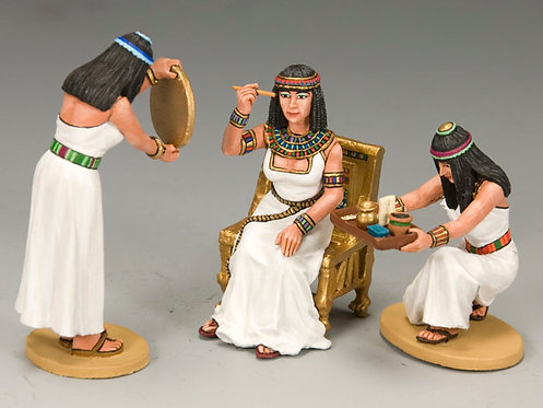 AE039 - Cleopatra and Her Handmaidens