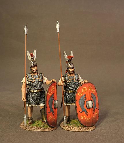 TMRR-01R - 2 Triarii Standing, the Roman Army of the Mid Republic