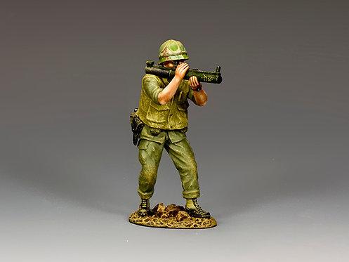 VN046 - Crouching Marine Firing M72 LAW