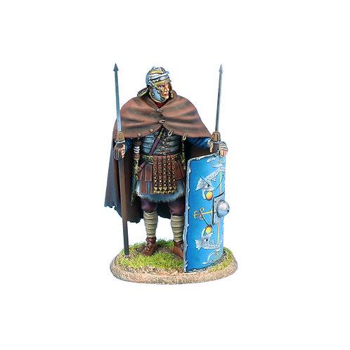 ROM200 - Imperial Roman Legio XXX Legionary Standing with Two Pilum