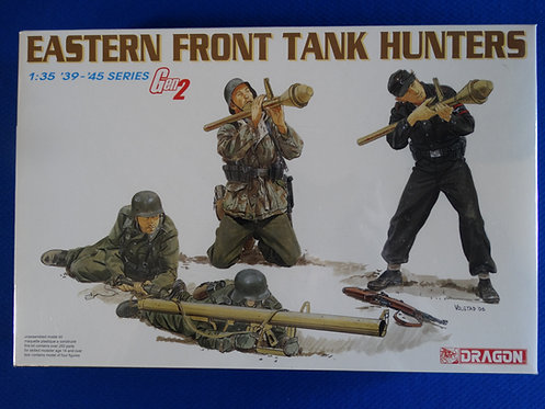 COJG-219 - German Eastern Front Tank Hunters - German WWII - Dragon 1/35