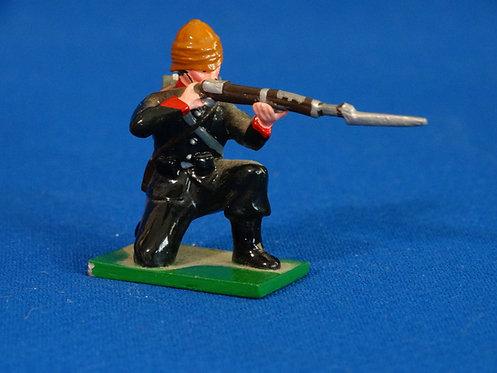 TY017 - British Rifleman Kneeling Firing - British Colonial - Trophy - 54mm Meta