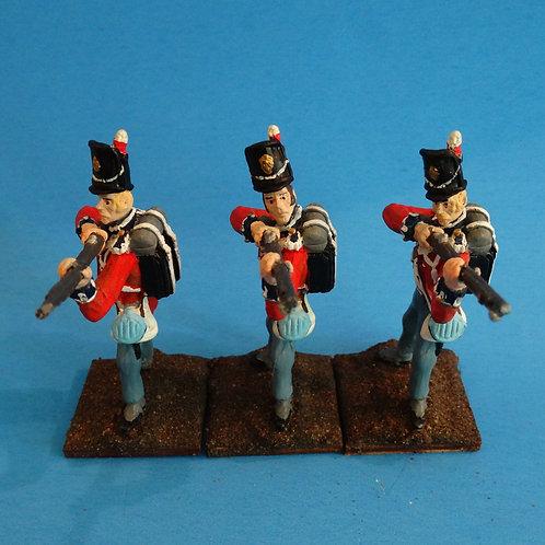 MI-545 - British Guard Standing Firing - Napoleonics (3 figs) -Li'l Army