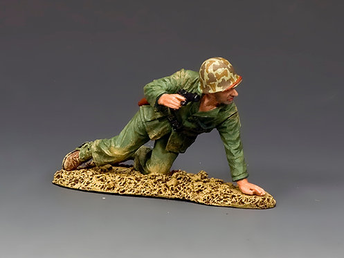 USMC046 - Kneeling Marine with Pistol