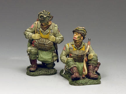 DD266-1 - Kneeling and Sitting Paratroopers (82nd. Airborne)