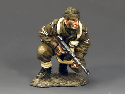 DD196 - Crouching Sergeant with 'Tommy' Gun