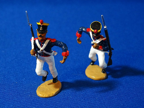 CORD-AL412 - Pair of Mexican Soldiers Carrying a Ladder (No Ladder Inclu