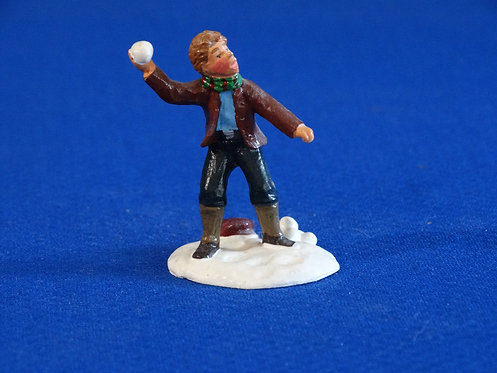NR-126 - Boy with Snowball - Trophy - 54mm Metal - No Box