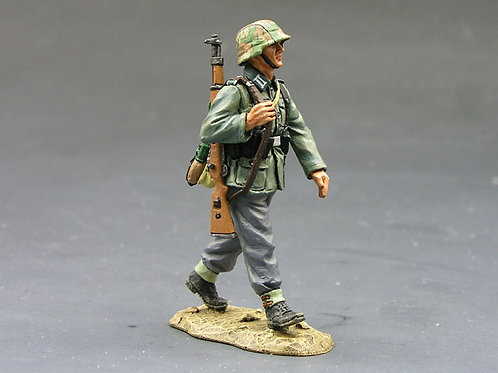 WS096 - Marching German Soldier