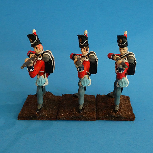 MI-551 - British Guard Standing Firing - Napoleonics (3 figs) -Li'l Army