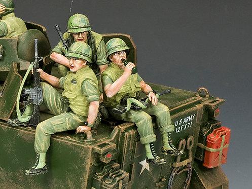 VN069 - The USMC Tank Riders Set