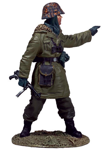 25101 - German Waffen SS NCO wearing SS Anorak, 1943-45