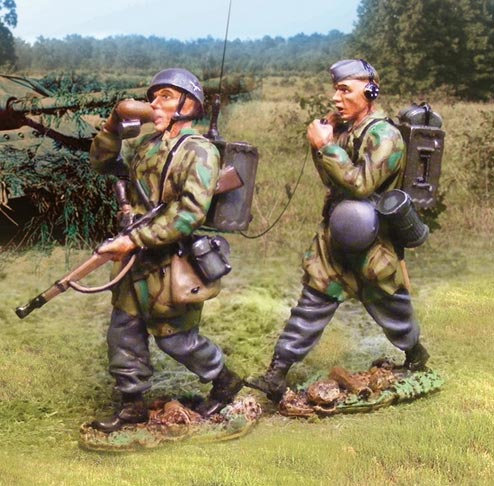 COJG-065 - CS00576 - Fallschirmjaeger Marching Radio Team (2 Figures)